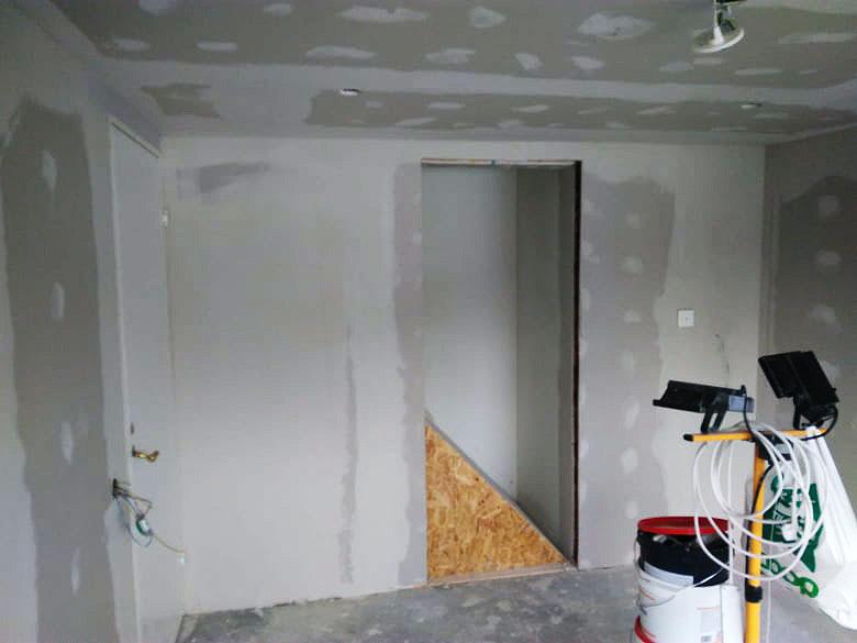 Sieninės spintos įrengimas